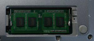 メモリ4GB追加
